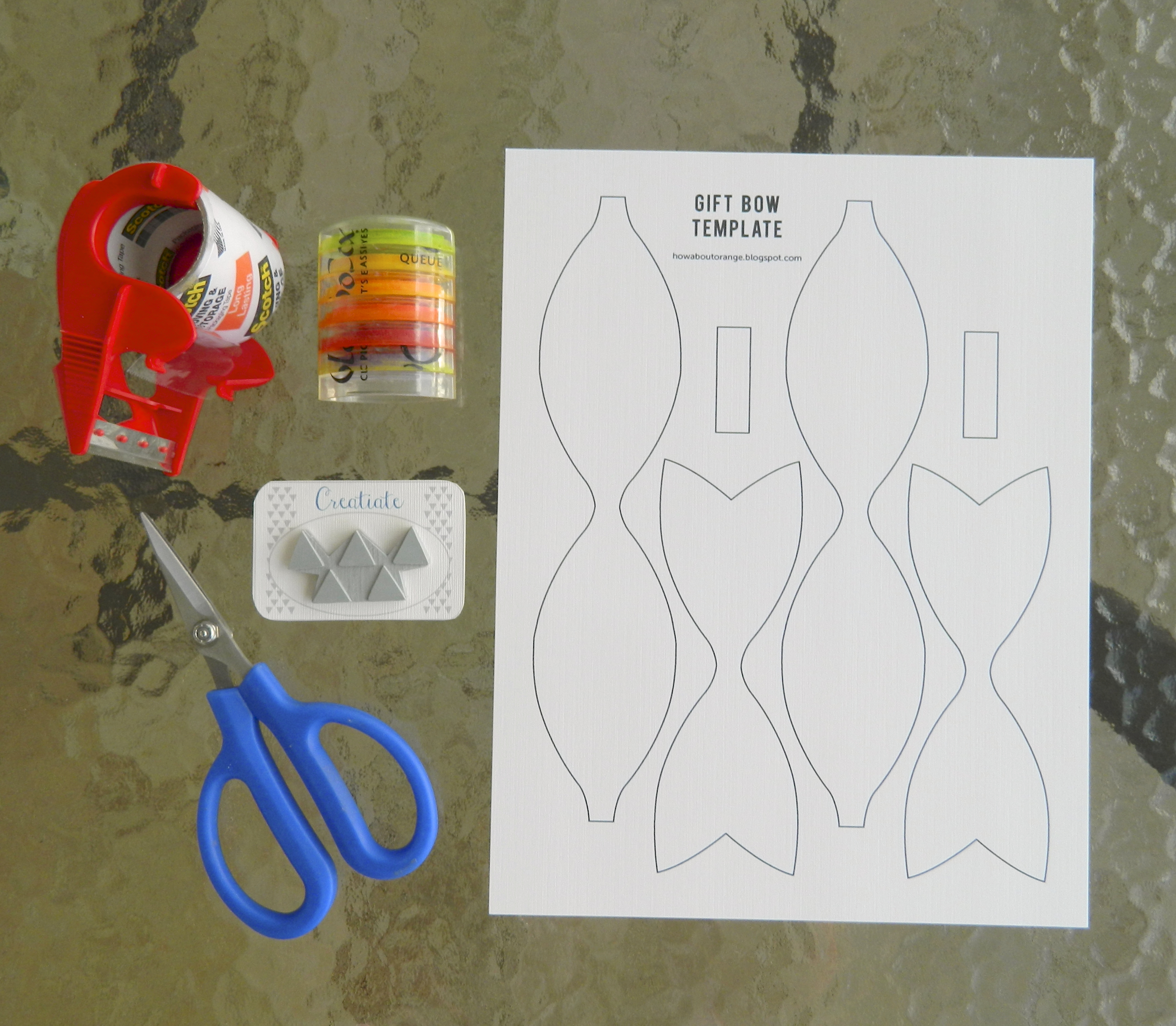 Diy gift bow make it take a bow creatiate creatiate blog diy stamped gift bow solutioingenieria Images
